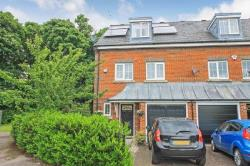 Terraced House For Sale  Dunstable Bedfordshire LU5