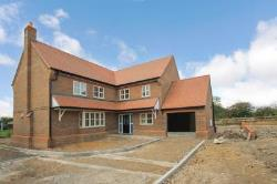 Detached House For Sale  Aylesbury Buckinghamshire HP22