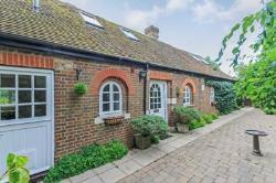 Detached House For Sale  Berkhamsted Buckinghamshire HP4