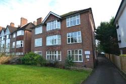 Flat To Let  Epsom Surrey KT18