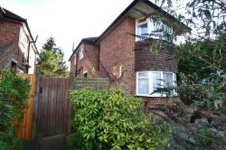 Maisonette To Let  Sutton Surrey SM3