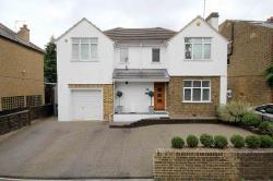 Detached House For Sale  Kings Langley Hertfordshire WD4