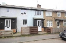 Terraced House To Let  Hemel Hempstead Hertfordshire HP3