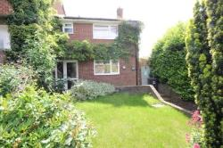 Semi Detached House To Let  Hemel Hempstead Hertfordshire HP3