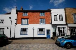 Terraced House To Let  Hemel Hempstead Hertfordshire HP1