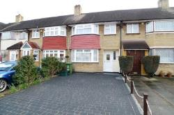 Detached House To Let  Blackfen Kent DA15