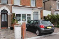 Terraced House For Sale  Ilford Essex IG1