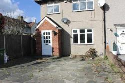 Terraced House To Let  Dagenham Essex RM8