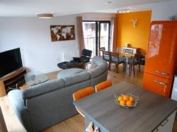 Detached House To Let  Manchester Greater Manchester M4