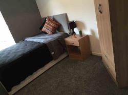 Room To Let  Warrington Cheshire WA4
