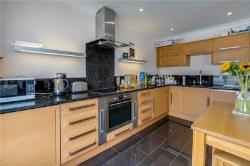 Flat To Let  London Greater London SW5