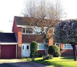 Semi Detached House For Sale  Reading Berkshire RG6