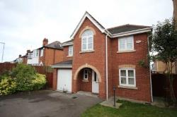 Detached House For Sale  Leicester Leicestershire LE3