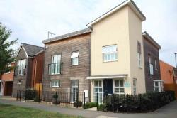 Detached House For Sale  Aylesbury Buckinghamshire HP18