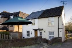 Maisonette For Sale  Aylesbury Buckinghamshire HP22