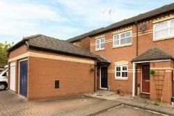 End Terrace House To Let  Aylesbury Buckinghamshire HP21