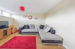 Maisonette For Sale  Tring Hertfordshire HP23