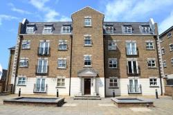 Flat For Sale  London Greater London SE18
