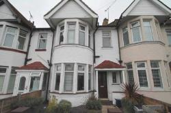 Terraced House To Let  Westcliff On Sea Essex SS0