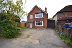 Semi Detached House To Let  Reading Berkshire RG6