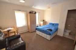 Room To Let  Reading Berkshire RG30