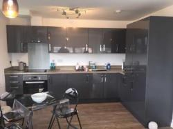 Flat To Let  Street Somerset BA16