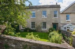 Terraced House To Let  Bath Avon BA2