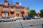 Flat To Let  Stalybridge Greater Manchester SK15