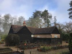 Detached House To Let  Dorking Surrey RH5