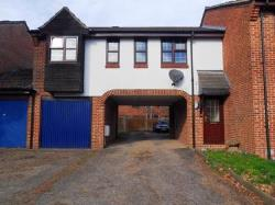Terraced House To Let  Bracknell Berkshire RG12