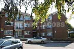 Flat To Let  Edgware Middlesex HA8