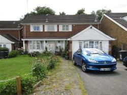 Detached House To Let  Bushey Hertfordshire WD23
