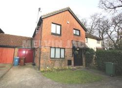 Detached House For Sale  Stanmore Middlesex HA7