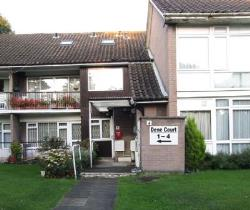 Flat To Let  Stanmore Middlesex HA7