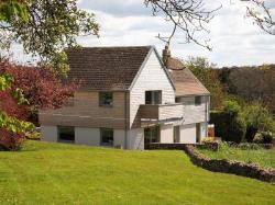 Detached House To Let  Cirencester Gloucestershire GL6