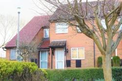 Terraced House To Let  Old Town Wiltshire SN3
