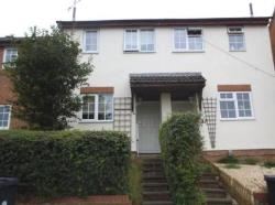 Semi Detached House To Let Woodhall Park Swindon Wiltshire SN2