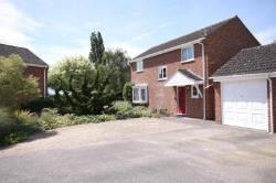 Detached House To Let  Thatcham Hampshire RG19