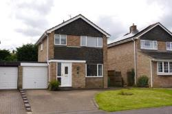 Detached House To Let  Deanshanger Northamptonshire MK19