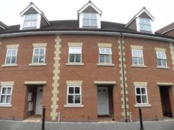 Terraced House To Let   Wiltshire BA13