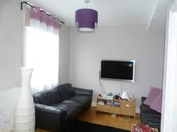 Flat To Let  Shepherds Bush Greater London W12