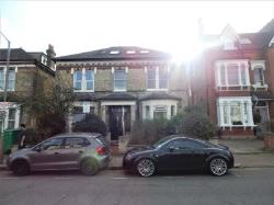 Flat To Let  Tooting Greater London SW17