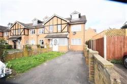 Semi Detached House To Let  Mitcham Surrey CR4