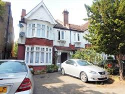 Room To Let  Raynes Park Greater London SW20