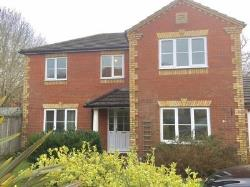 Detached House To Let  Burgess Hill West Sussex RH15