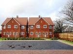 Semi Detached House To Let  Horsham West Sussex RH12