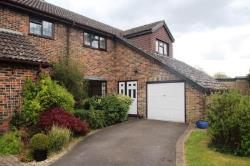 Semi Detached House To Let  Crawley West Sussex RH11