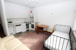 Maisonette To Let  St Albans Hertfordshire AL2