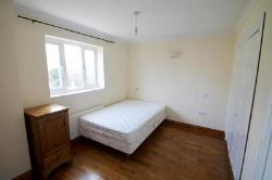 Terraced House To Let  London Colney Hertfordshire AL2