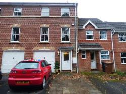 Terraced House To Let  Chandlers Ford Hampshire SO53